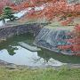 三日月堀と紅葉