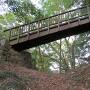 堀切にかかる橋