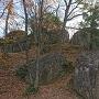 主郭から奥に進んだところの巨石群。写真で表現しきれない迫力でした