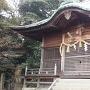 三の山頂上にある『須賀神社』