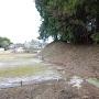 土塁と水濠跡