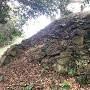 わずかに残る石垣