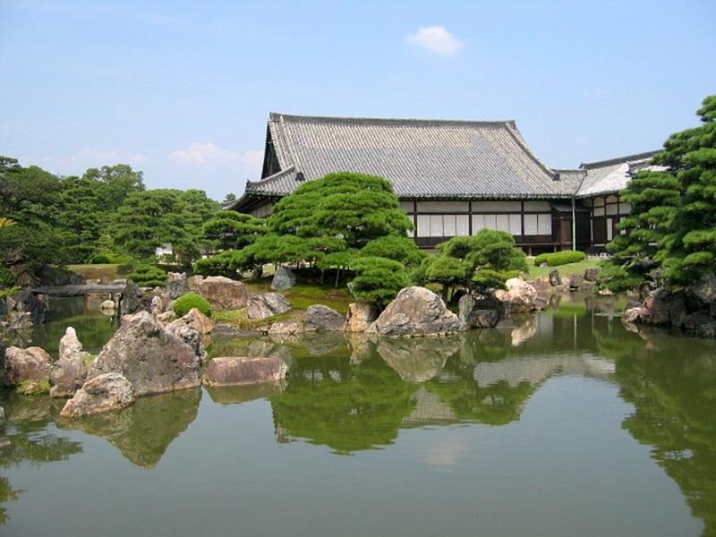 二の丸庭園(行幸御殿跡から)